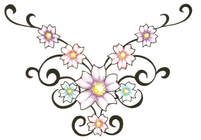 Onderrug Tattoo met Bloemen