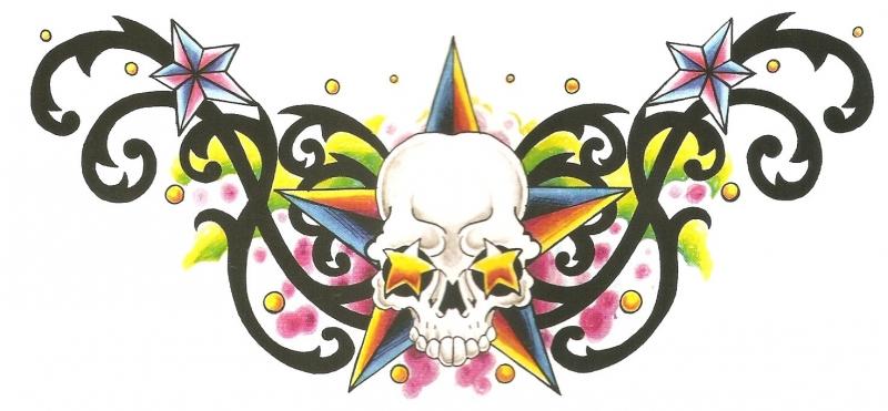 Skull en Kleuren Onderrug Tattoo